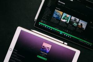 Kuinka ladata musiikkia Spotifysta treenaamiseen